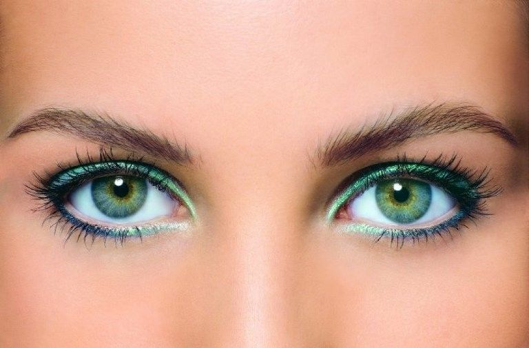 Макияж для блондинок с зелеными глазами