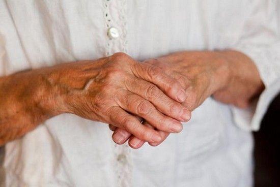 почему у человека развивается артрит