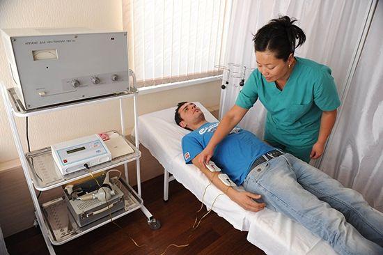 Данная физиотерапевтическая процедура является одним из методов проведения в ткани лекарственного препарата при помощи тока