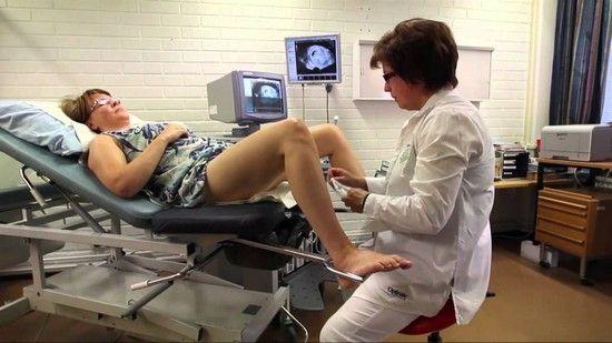 foto-zadnits-vpervie-u-ginekologa-video-ebut-rakom