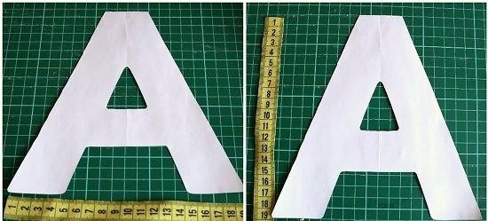 Распечатываем букву нужного размера и вырезаем две одинаковые детали