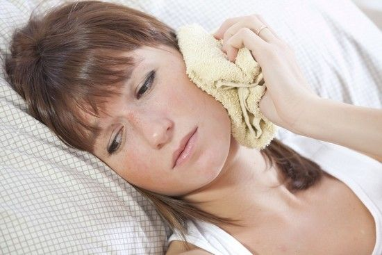 Лечат ли воспаление уха теплом