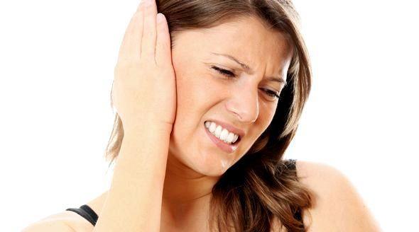 Болит ухо как лечить в домашних условиях прерывать его