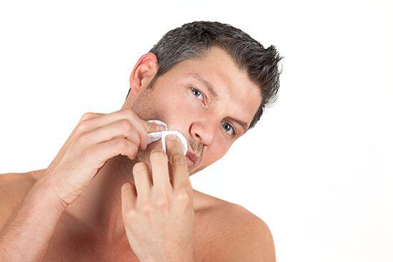после бритья появляются прыщи на лице
