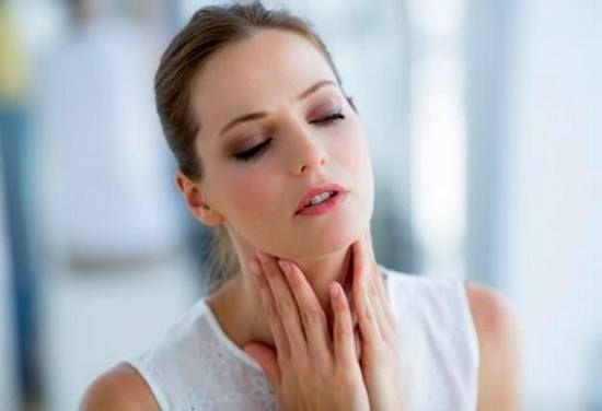 Как лечить горло народными средствами?