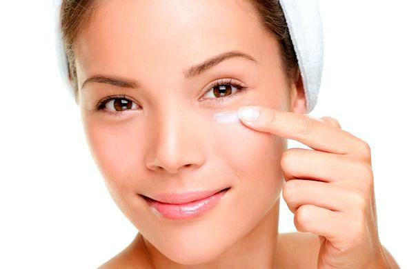 Как быстро убрать синяк под глазом за один день в домашних условиях держите на больном месте