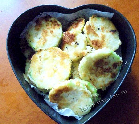 Как потушить кабачки быстро и вкусно на сковороде Если вы жарите кабачки кружочками