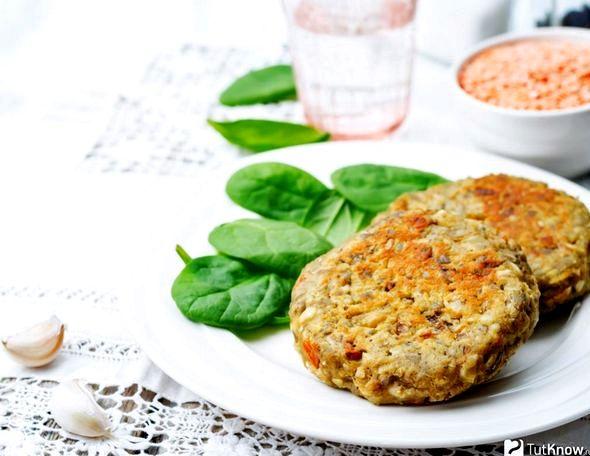 Котлеты из чечевицы рецепты просто и вкусно Добавьте мелко нарезанную зелень, соль