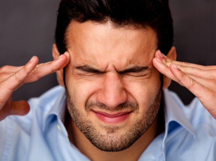 Головная боль в висках: причины и возможные заболевания
