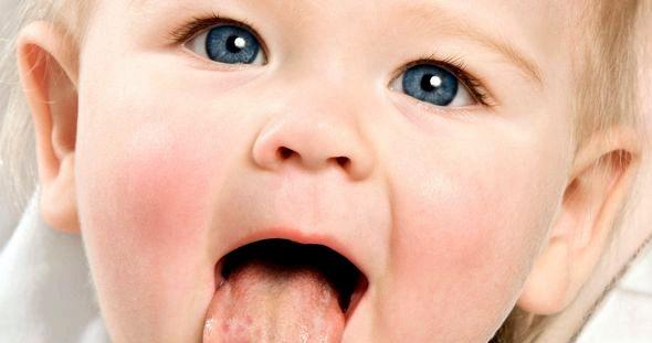 Стоматит у ребенка лечение в домашних условиях заживляющие средства         Детский стоматит иногда