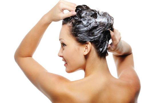 Рекомендации по мытью волос шампунем