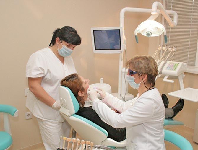 Опухла щека после удаления зуба: что делать?
